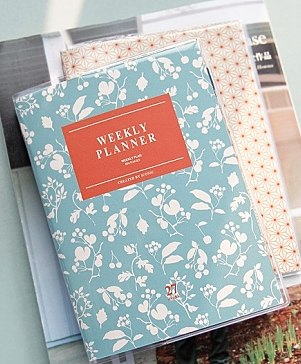 A6 Weekly Planner Sky Blue