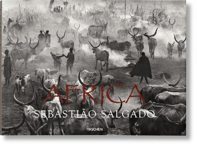 Africa: Eye on Africa - Thirty Years of Africa Images, Selected by Salgado Himself
